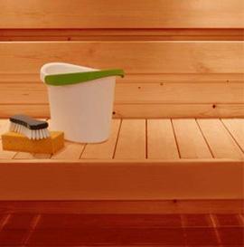 Solutie de curatat banci in sauna